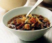 Soupe de champignons sauvages aux croûtons de ciabatta