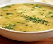Soupe veloutée au poulet et au maïs