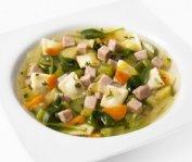 Soupe-repas aux minis-raviolis, légumes et petits dés de jambon