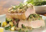 Steaks de porc aux herbes et à l'ail rôti