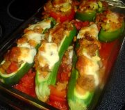 Zucchinis, tomates, piments farcis