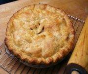 Tarte aux pommes, aux noix et aux graines de pavot