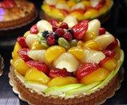 Tarte colorée aux fruits frais