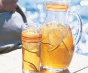 Thé vert glacé à la lime